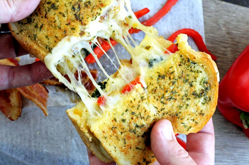 cheesy pull apart grilled cheese